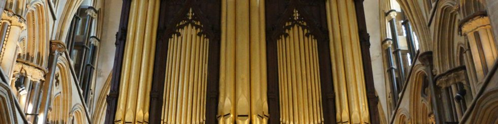 Lincoln Cathedral - Dr Colin Walsh to become Organist Emeritus of Lincoln Cathedral
